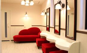 守口キャンパス4号館トイレがリニューアルされました。多目的トイレ・パウダールームも増設されました。
