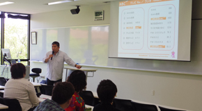 経営学原理の特別講義・産学連携講座を開催