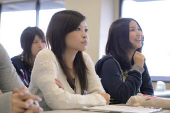 奨学金制度 | 大阪国際大学 Chal...